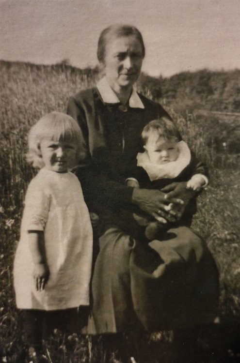 Oma und Gertrud - Kopie