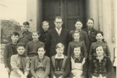 01_03 Herr Onnebrink m. Schulentlassung-Klasse1941-42